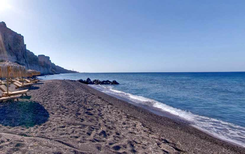 top-6-beaches-in-santorini-island/2
